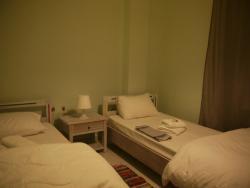 Thess Hostel