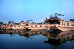 Zaffer Group of House Boats