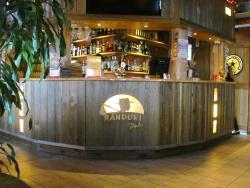 Randuri Pub