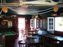 Le Clifden Pub