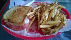 Reuben Sandwich w/Fries