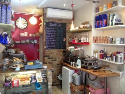 Beehive Cafe & Deli