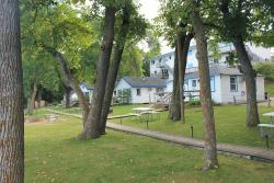 Viking Bay Resort & Lodge