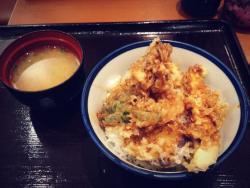 Tempura bowl Tenya Yaesu