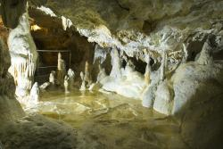 Harmanecká Cave (Harmanecká jaskyňa)