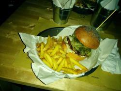 Public House - Burger Gourmet