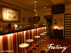 Feeling Bar