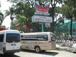 Simpang Raya Dago