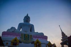 Wat Phra Bat Pan Kham