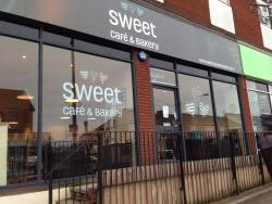 Sweet Cafe & Bakery