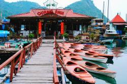 Quang Anh Cat Ba Restaurant
