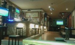 Stars Bar & Bistro