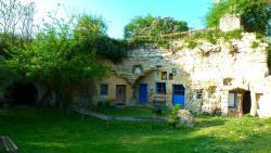 Maisons Troglodytes des Forges