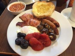 Leverton and Halls Cafe & Bed and Breakfast