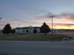 Buffalo Inn at sunset