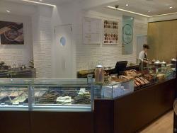Venchi Cioccolato e Gelato, Bologna Via degli Orefici, Piazza Maggiore
