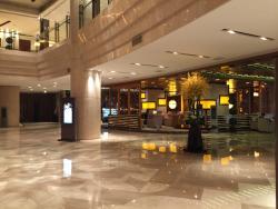MaKe BoLuo JiaRi Hotel DiZhongHai YangGuang XiuXianBa