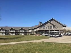 Cherry Hills Golf & Lodge