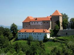 Podsreda Castle