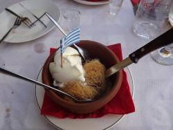 Kataîfi (dessert) vraiment très bon ;p