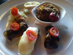 Las Canarias Spanish Restaurant & Tapas