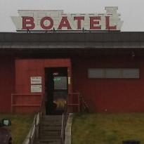 Boatel Airport Way