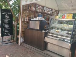 Phakdee Bakery