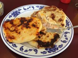 La Salvadorena Restaurant