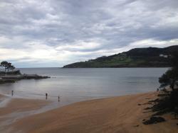 Mundaka Beach