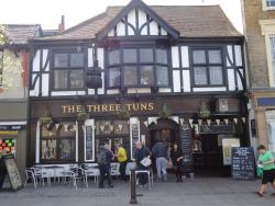 ‪The Three Tuns‬