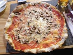 Pizza with mushroom