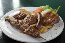 Grilled meat platter for 1 person