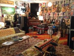 Currie's Music and Antiques
