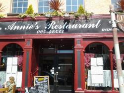 Annies Restaurant