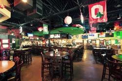 Putters 2 Putt Tavern & Grill