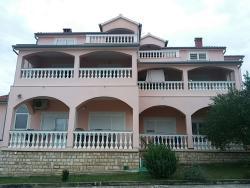 Rooms &Apartments Linda & Mario