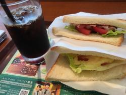 Cafe de Crie Queen's Square Yokohama
