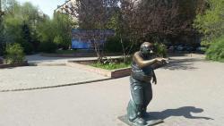 Monument to Yevgeny Leonov