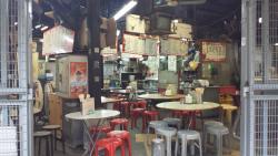 Haipohong Road  Temporary Market