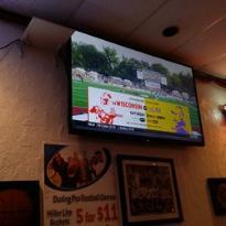 Jeannie's Pub & Grub