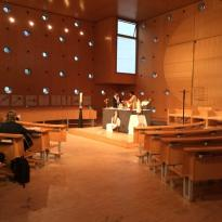 Donaucity-Kirche Christus, Hoffnung der Welt