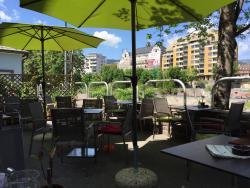 Cafe/Bistro Secret-Garden