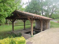 Lavoir de la Fontaine des Sables