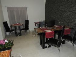 Lira Restaurant