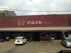 Restoran Padang Trio Perm