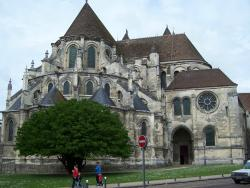 Noyon Cathedrale et Bibliotheque