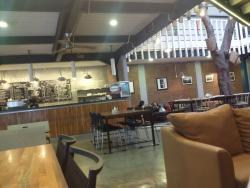 PRIME Cafe & Bistro