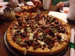 Rossi's Pizzeria & Lounge