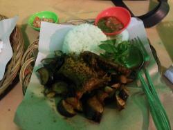 Omah Ayam Spesialis Ayam & Bebek Rempah