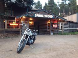 Sprucewood Inn
